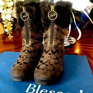 Coach women's fur winter boots